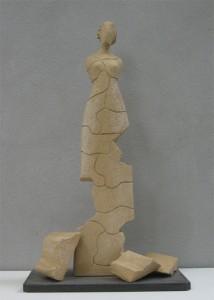 Scultore Paolo Moro. Scultura in terracotta. Titolo il gioco1 214x300