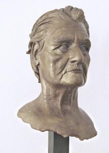 Scultore Paolo Moro. Scultura in terracotta. Titolo Antonietta1 214x300